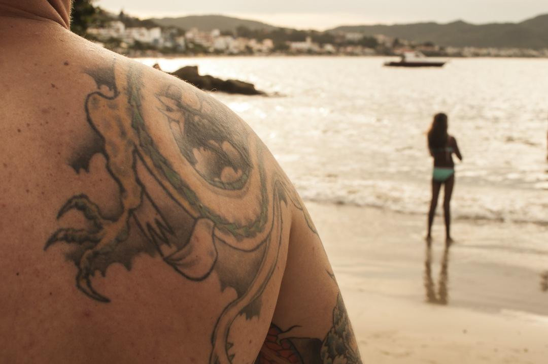 free photo stock for commercial use Back Men Tattoo bombinhas Santa Catarina, Brasil images
