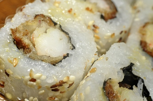 Sushi prawns with sesame Macro