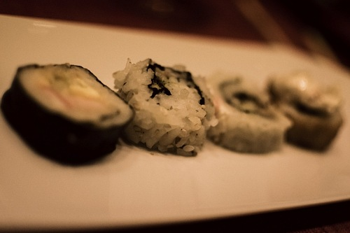 free for commercial use sushi plate with out focus images